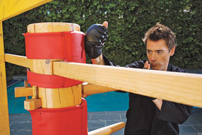 Robert Downey jr. Working on Wooden Dummy